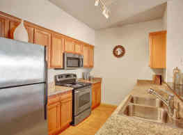 The Vintage Apartment Homes - Moses Lake