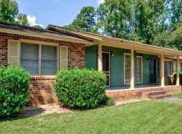 Briardale Apartment Homes - Warner Robins