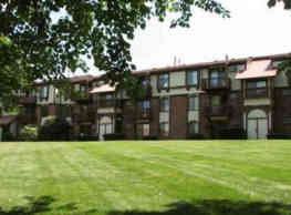 Old Farm Apartments - Elkhart