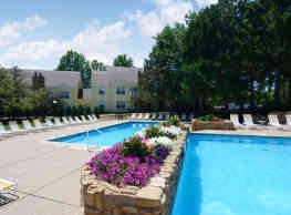 Country Club Place - Saint Charles