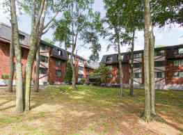 Woodcliff Estates - East Hartford