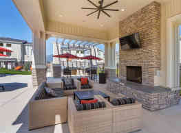 The Overlook at Interquest Apartments - Colorado Springs
