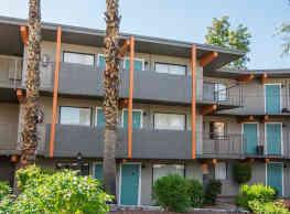The Colonnade Apartment Homes - Phoenix