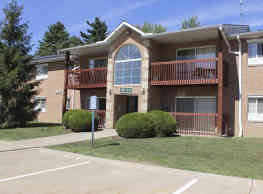 Glenwood Pointe Apartments - Twinsburg