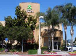 Furnished Studio - Orange County - Irvine Spectrum - Irvine