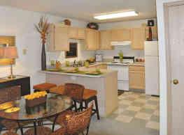 Village Gate Apartments - Reynoldsburg