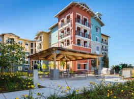 Blu Harbor - Redwood City