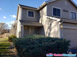 FANTASTIC END UNIT 2 STORY SPACIOUS TOWN HOUSE - Fort Collins