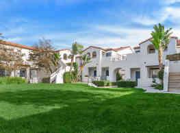 Laurel Canyon Apartment Homes - Ladera Ranch