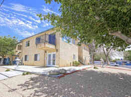 Rosamond Garden Apartments - Rosamond