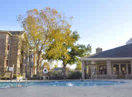 Regency Club Apartments - Baton Rouge