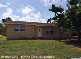 3 br, 2 bath House - 460 NW 39th St - Deerfield Beach