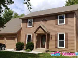 Great 4 Bedroom House in Overland Park!! - Overland Park