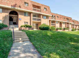 Crystal Springs Apartments - Silver Spring