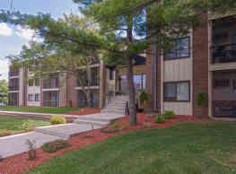 Park West Apartments - Saint Louis Park