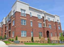 Morehead West Apartments - Charlotte