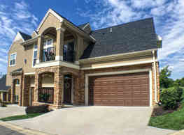 The Mansions at Canyon Creek - Lenexa