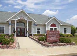 Lake Pointe Apartment Homes - Portage