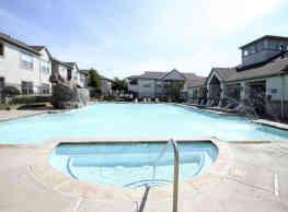 Saddle Brook West Apartment Homes - Waco