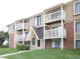 Ellyn Crossing Apartments - Glendale Heights
