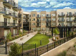 Cycle Apartments - Fort Collins