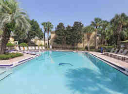 Shore Club Apartments - Orlando