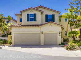 5 br, 4 bath House - 3604 Torrey View Ct - San Diego
