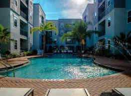 4050 Lofts - Tampa