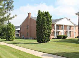 Parkside East Apartments - Sterling Heights