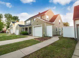 Edgemoor Townhomes - Wichita