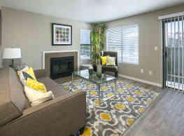 Diamond Hillside Apartments - Pittsburg