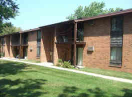 Triangle Hill Apartments - Green Bay