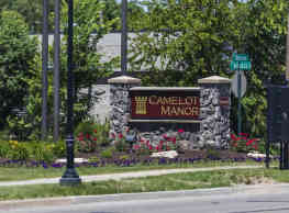 Camelot Manor - Grand Rapids