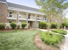 Glenmeade Village Apartments - Wilmington