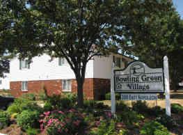 Bowling Green Village - Bowling Green