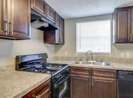 LIVE Golden Isles Apartments - Brunswick