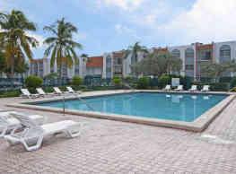 Park Plaza Apartments - North Lauderdale