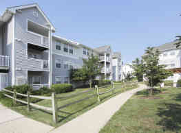 Dulles Center Apartment Homes - Herndon