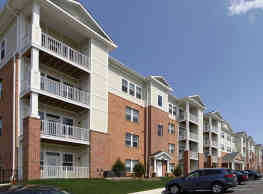 Oakmont Village Apartments - Ellicott City