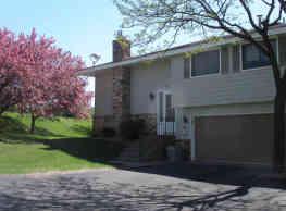 Bloomington Town Home - Bloomington