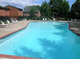 Windsor Townhome Apartments - Saint Louis