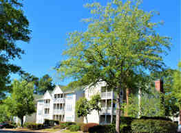 Greenbrier Apartments - Columbia