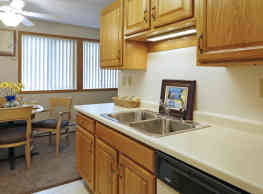 Eastview Apartments - Eveleth