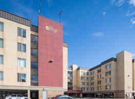 Castle Apartments - Anchorage