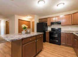 Sunset Ridge Apartments & Townhomes - Bismarck