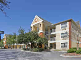 Furnished Studio - Gainesville - I-75 - Gainesville