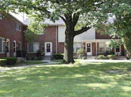 Oak Park Manor - Detroit