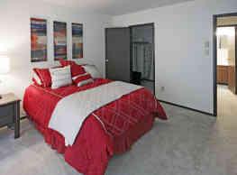 Ridge View Apartments - Saint Francis