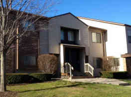 Woodcrest Apartments - Southfield - Southfield