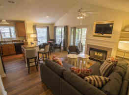 Crescent Arbors Apartment Homes - Cary